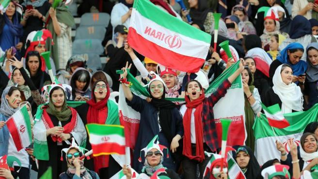 Alemania amenaza con no ir al Mundial de Catar si no respetan los derechos de las mujeres.