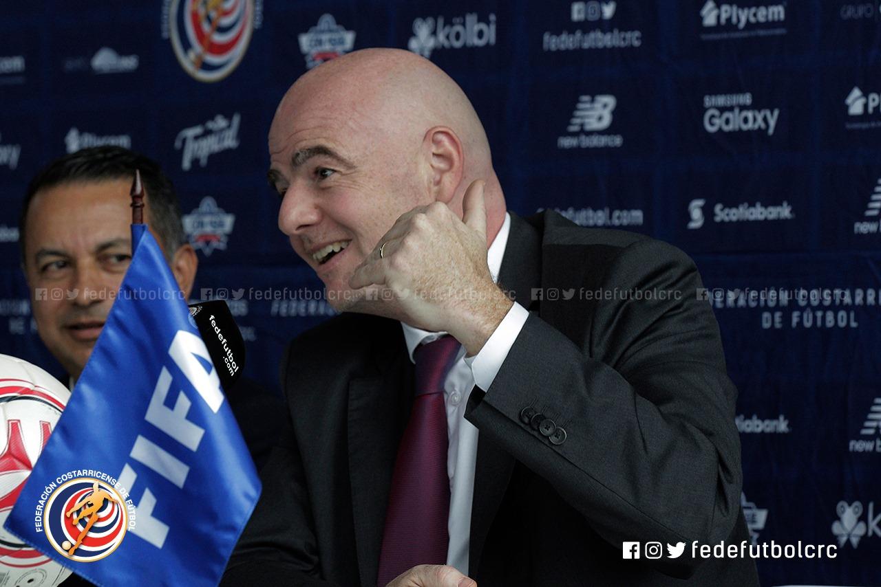 Infantino respaldó la elección de Rodolfo Villalobos y su gestión al frente de la Fedefútbol.