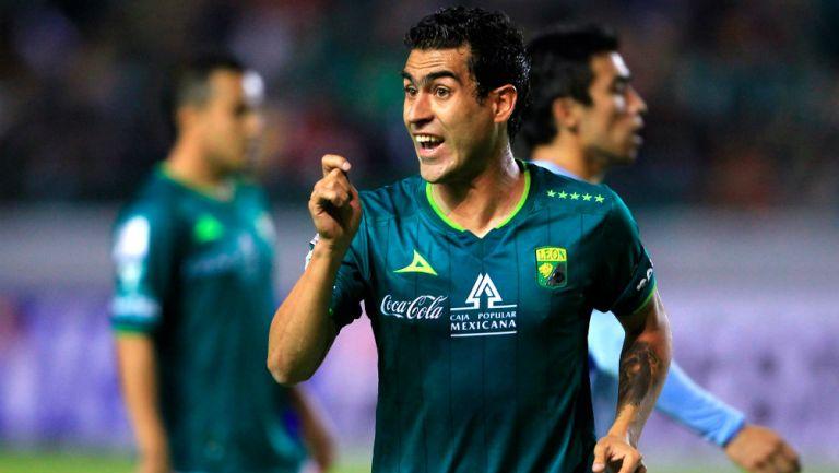 Nery Castillo a Matosas: «Gustavito eres una vergüenza».