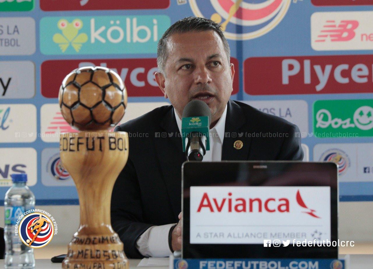 Rodolfo Villalobos atribuye baja asistencia a partidos de la «Sele» a la crítica desmedida de un sector de la prensa.