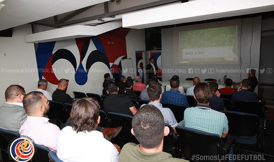 Ronald González presentó plan de Trabajo 2020 de la Selección a técnicos y gerentes deportivos.