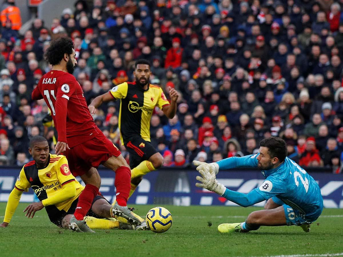 Liverpool vence al Watford y mantiene liderato en la Premier League