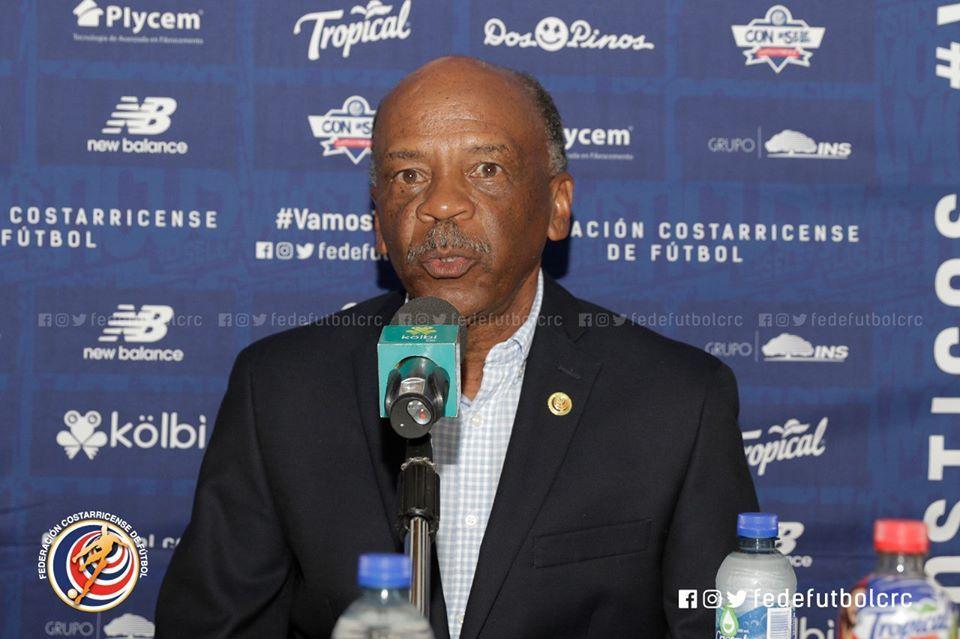 Carlos Watson fue presentado como nuevo director deportivo de la Fedefútbol.