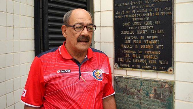 Jaime Perozzo renunció como sociólogo y sicólogo de la Selección Nacional.