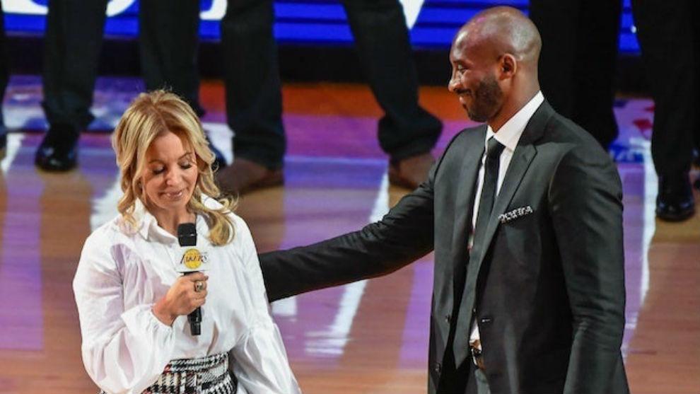 Presidenta de los L. A Lakers sobre muerte de Kobe: «Mi padre te amaba como a un hijo, lo que nos hace familia»