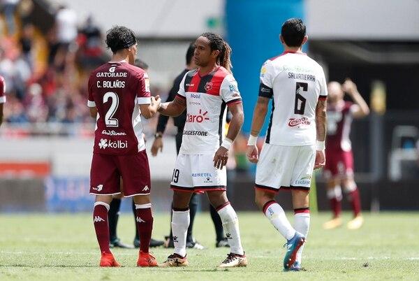 Diario Extra reveló los salarios más altos que reportan Saprissa, Alajuelense y Herediano a la CCSS.