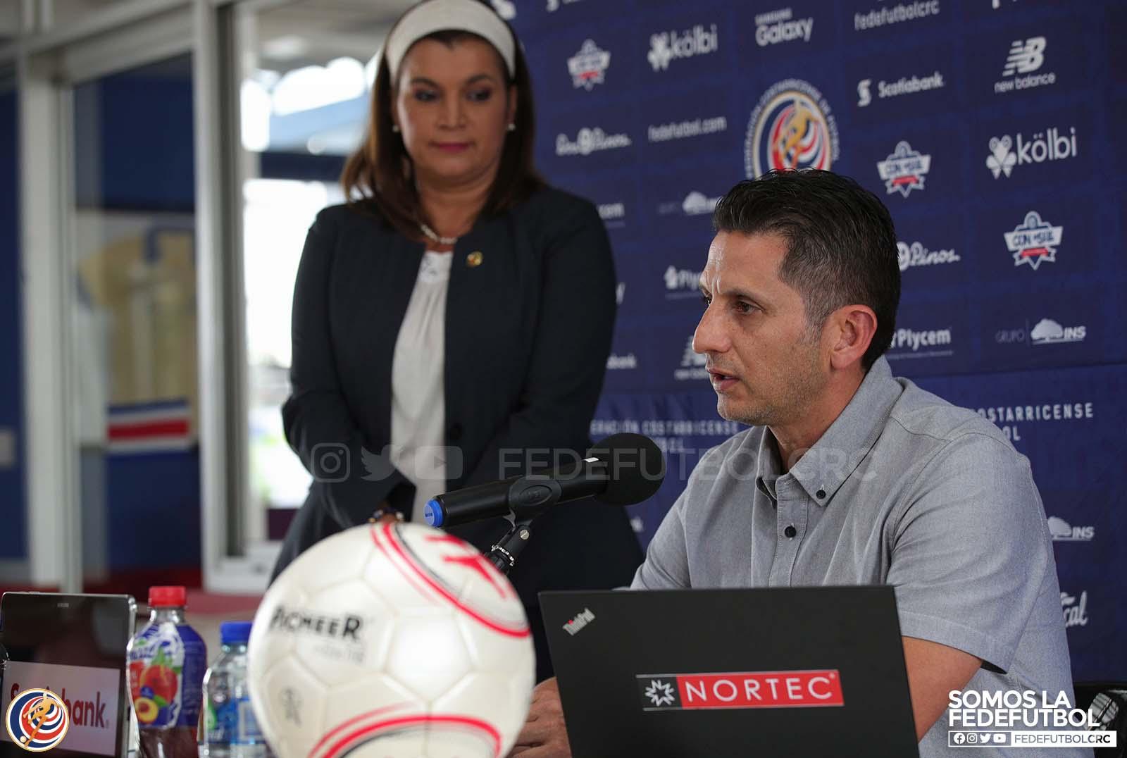 Ronald González reveló la lista de convocados para el amistoso del 1° de Febrero ante Estados Unidos.