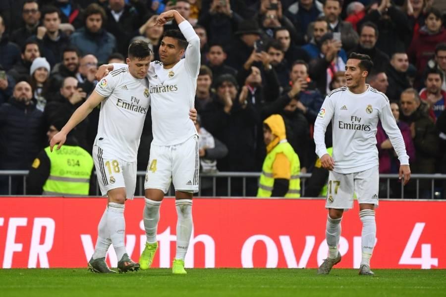 Con doblete de Casemiro, Real Madrid derrotó al Sevilla.