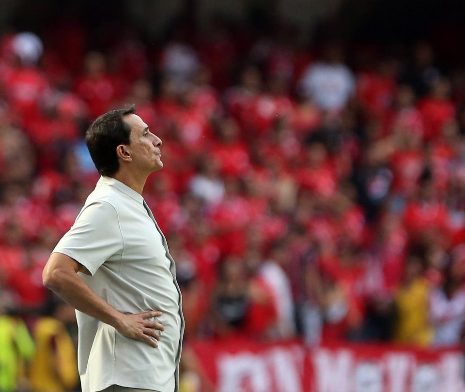 Alexandre Guimaraes: «Todos estamos aquí al pie del cañón».