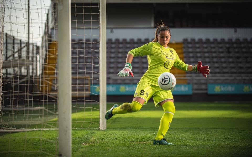 ¡Ya son 9! Guardameta Julieth Arias también deja el Deportivo Saprissa FF.