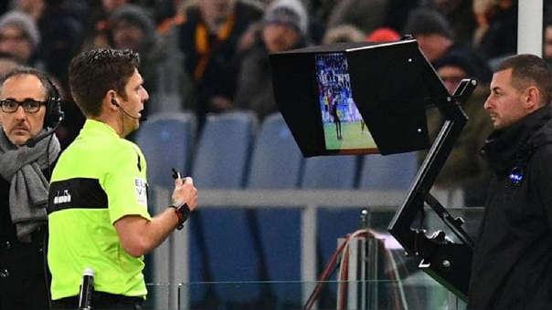 CONMEBOL usará el VAR en las eliminatorias rumbo a Catar 2022.