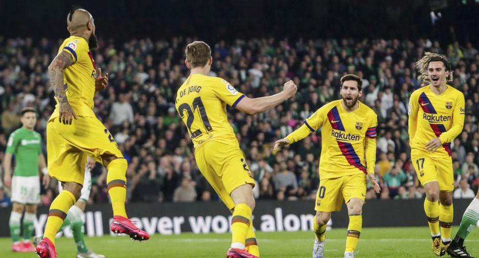 Barcelona, con tres asistencias de Messi, venció al Betis y se mantiene como escolta del Real Madrid.