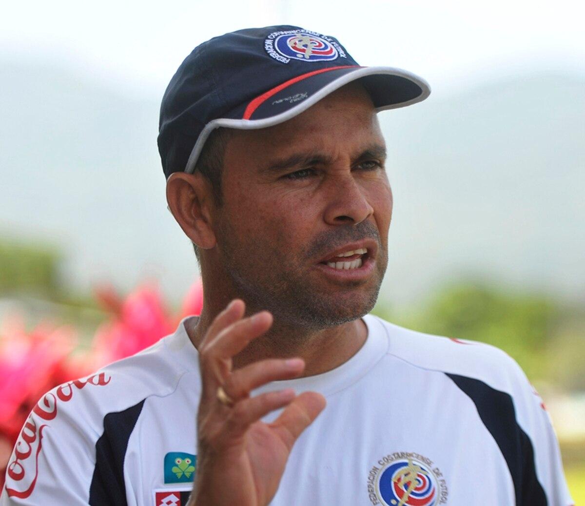 Luis Fernando Fallas es el nuevo técnico de Limón FC.