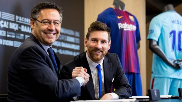 FC Barcelona rebaja el 70% del salario a sus jugadores y éstos harán un aporte extra para que empleados del club puedan recibir salario completo.
