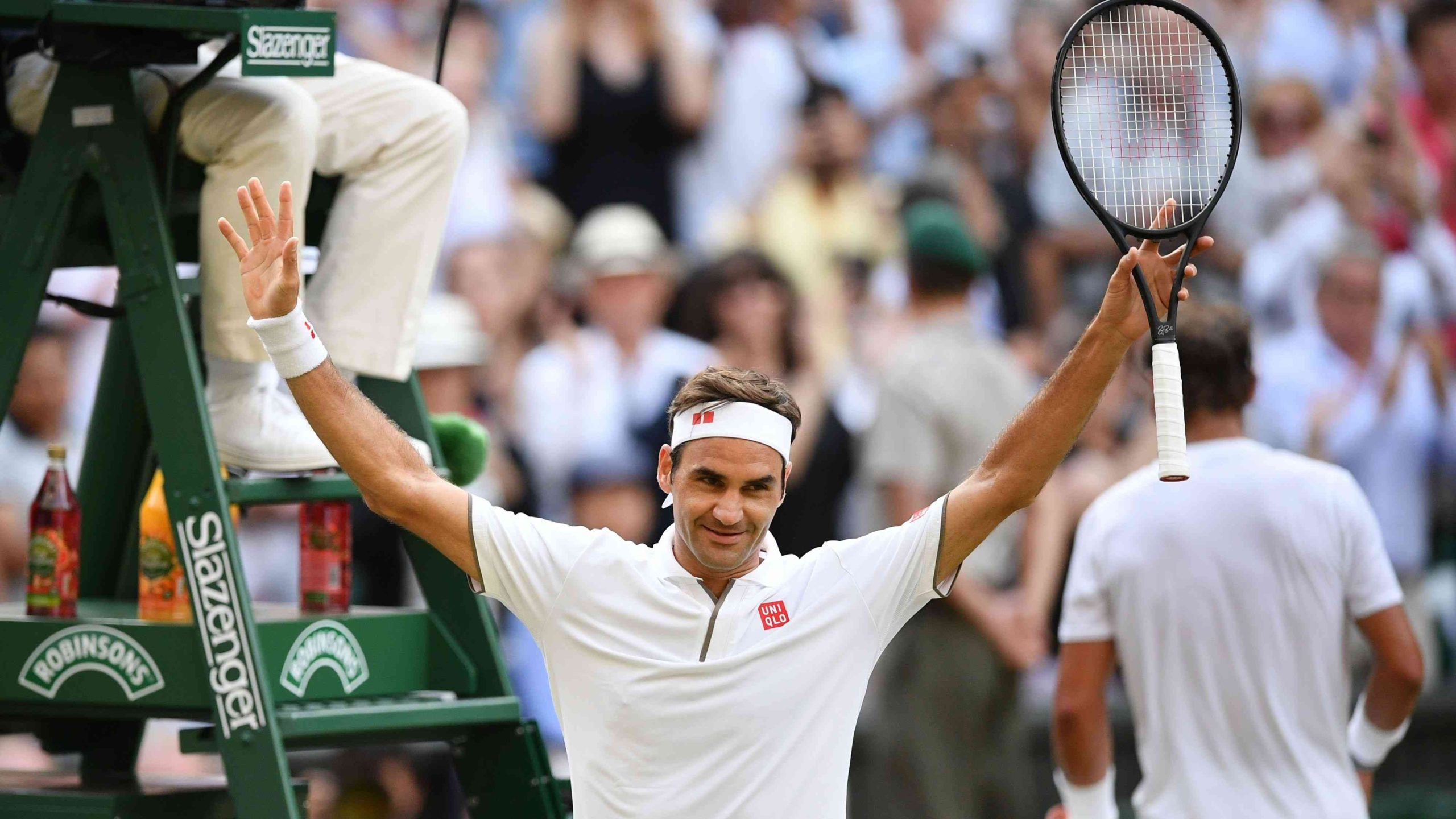 Roger Federer realizó millonaria donación a familias afectadas por el coronavirus.