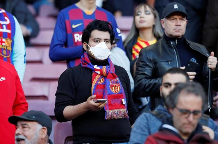 El protocolo que estarían planeando en España para que vuelva el fútbol lo antes posible.