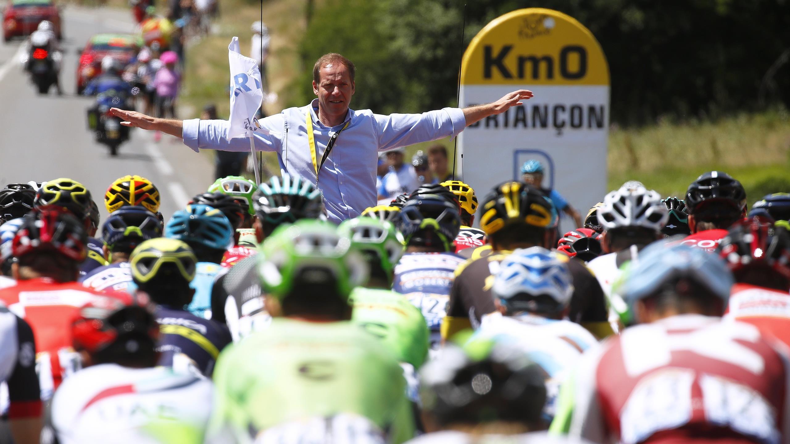 """La UCI da a conocer el """"caótico"""" calendario del ciclismo para 2020"""