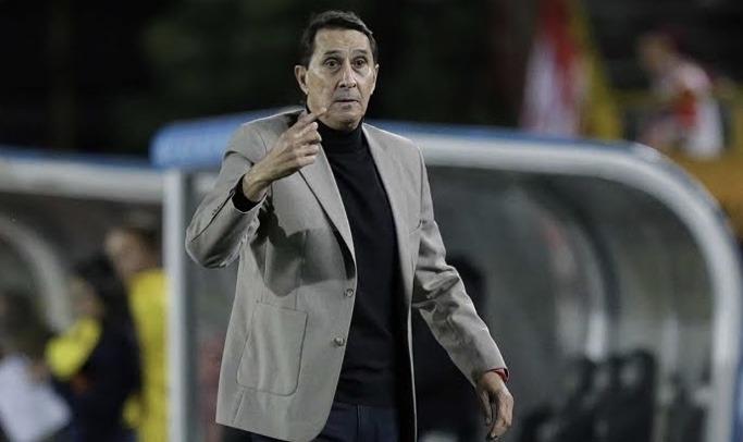 """Alexandre Borges: """"Tengo mi contrato suspendido, creo que no soy el técnico del América""""."""