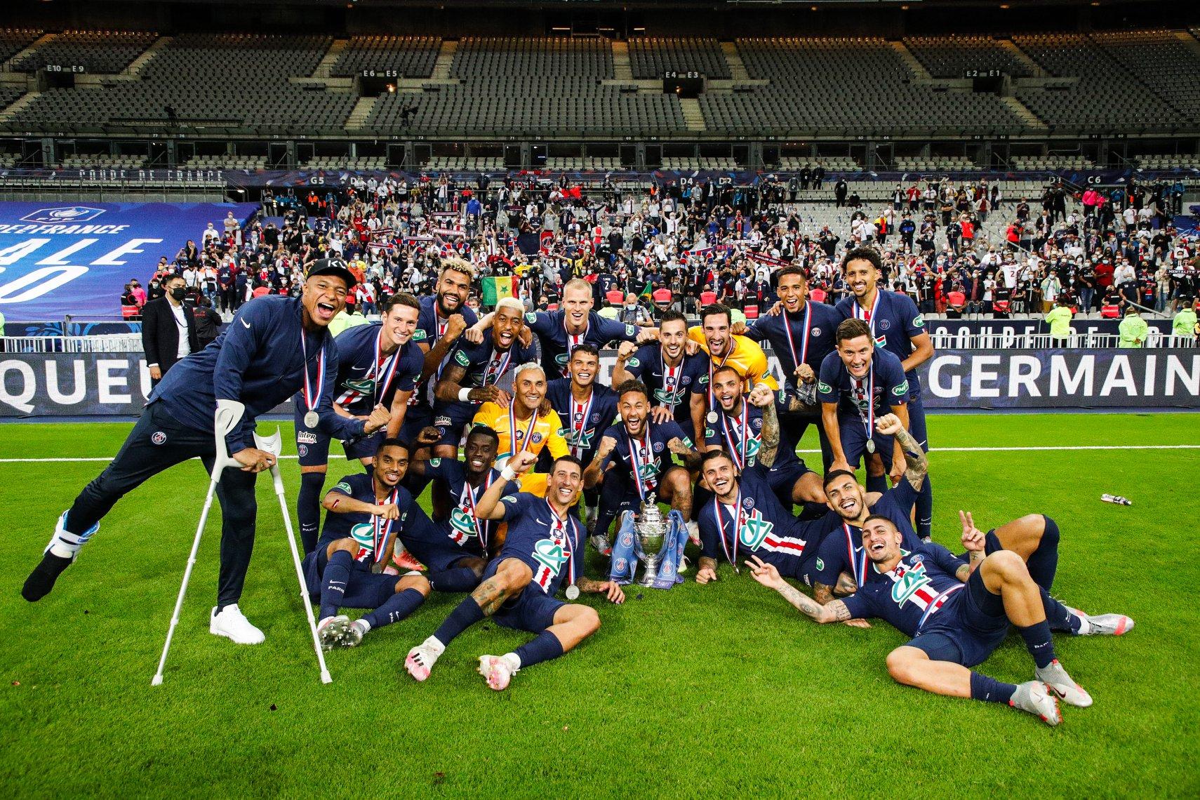 Keylor Navas se coronó campeón de la Copa de Francia con el PSG.