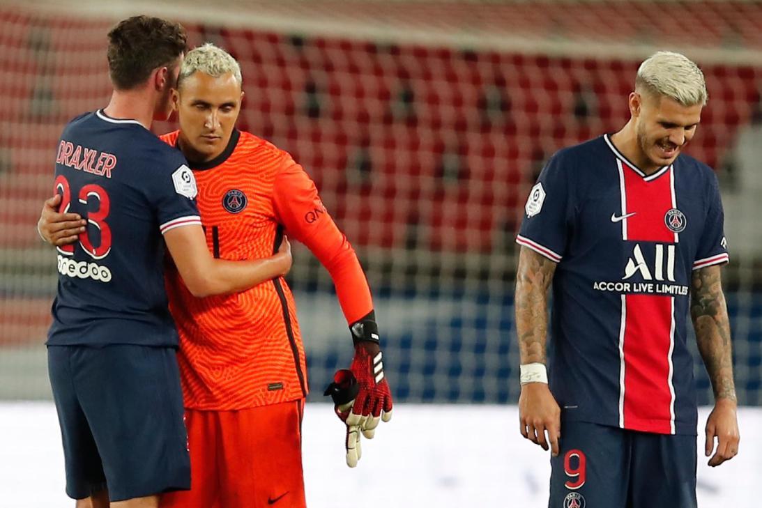 Keylor Navas regresó a la portería del PSG con victoria agónica ante el Metz.