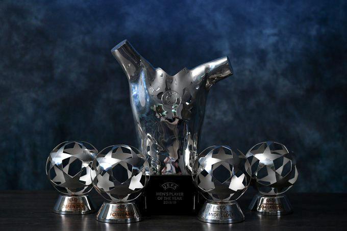 UEFA entregó los premios de la temporada 2019-2020.