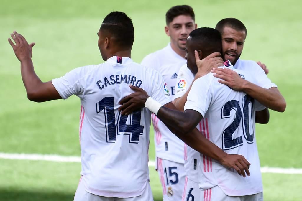 Real Madrid venció al Levante y es el nuevo líder de la liga española.