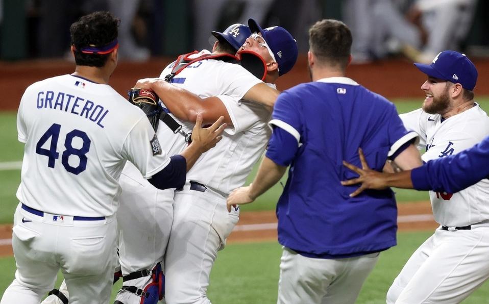 Los Angeles celebran: Dodgers, campeones de la Serie Mundial 2020.