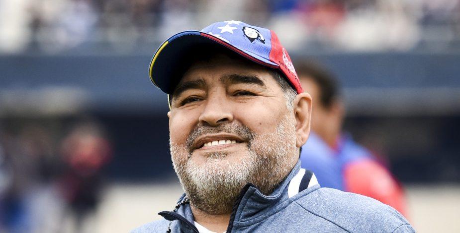 Diego Armando Maradona salió de la clínica donde estaba internado e iniciará proceso de recuperación.