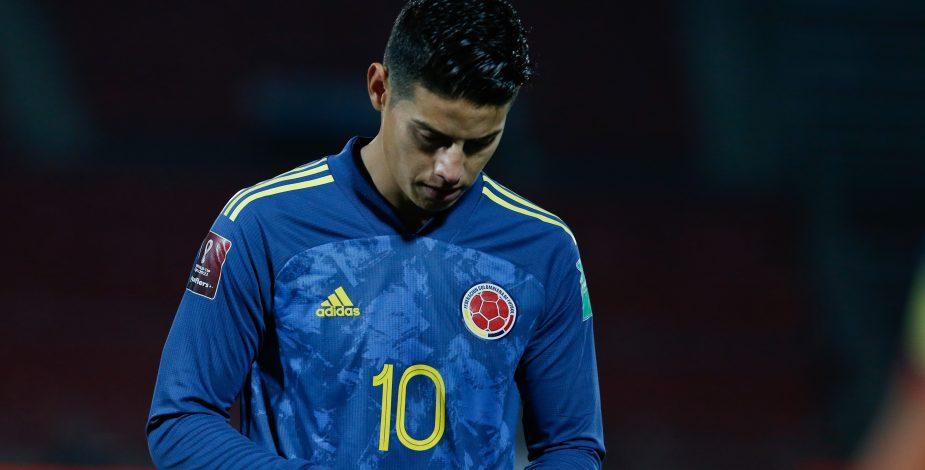James Rodríguez niega pelea con compañero de selección y amenaza con demandar por calumnias.
