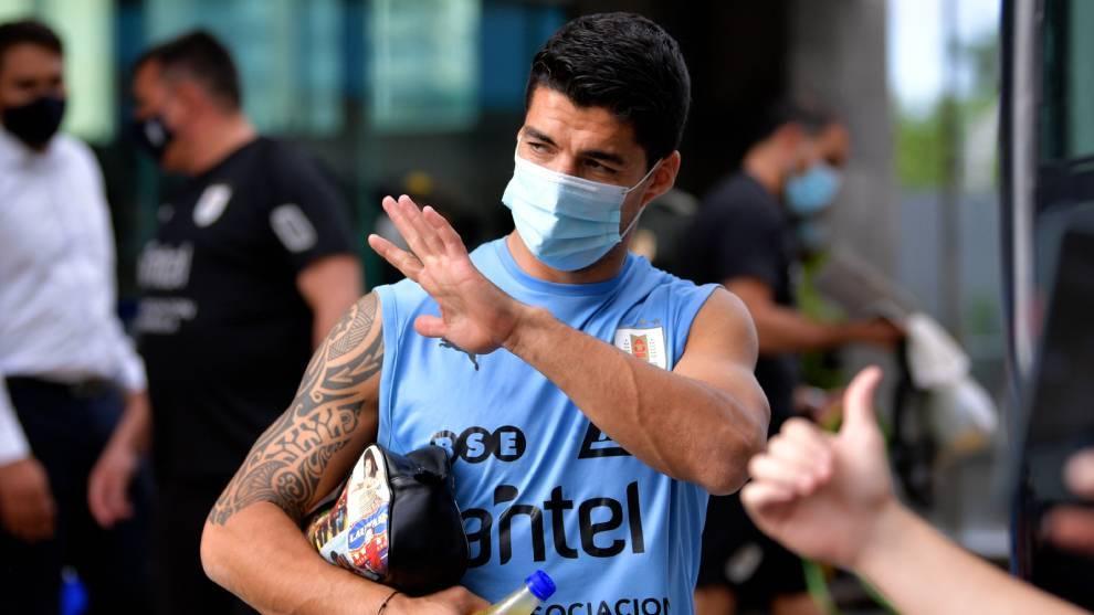Luis Suárez dio positivo con COVID-19.